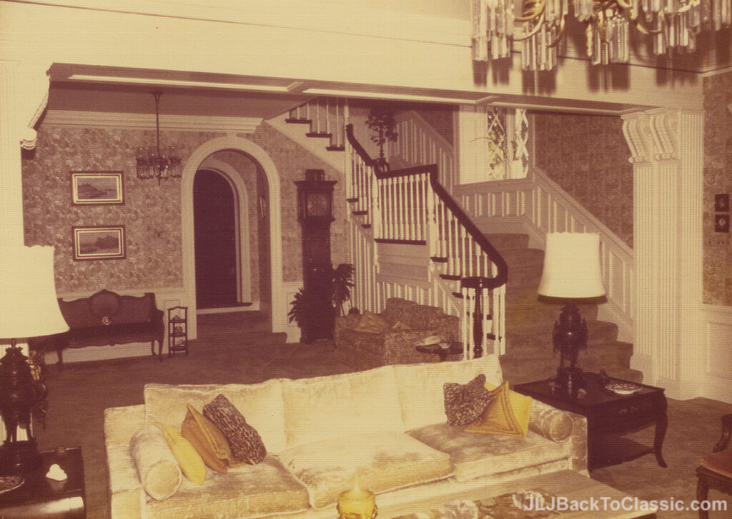 1928-Brandon-Smith-Tudor-Formal-Staircase-Pgh-PA-1972