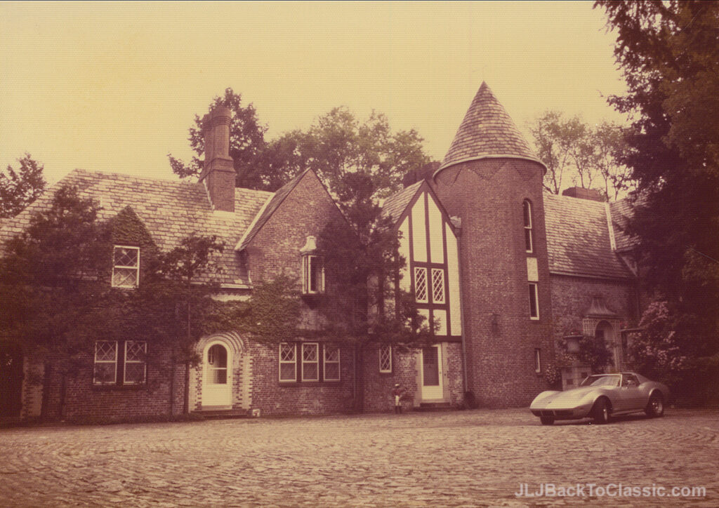 1928-Brandon-Smith-Tudor-Courtyard-Pgh-Pa-1972