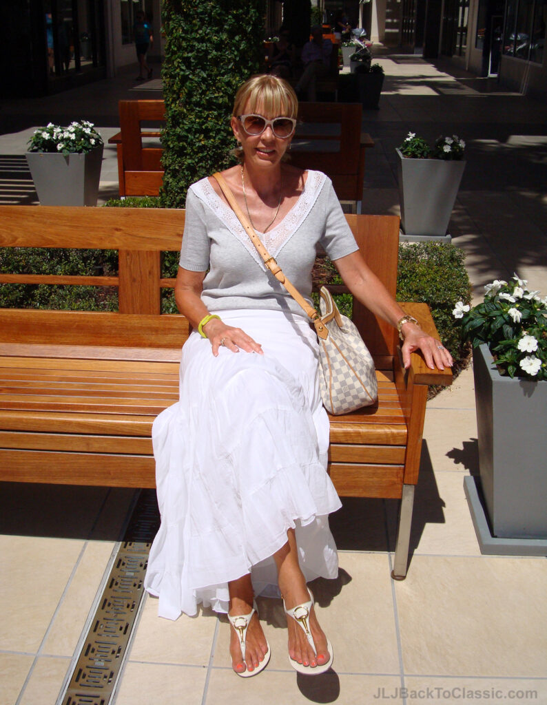 1-Classic-Fashion-Over-60-White-Maxi-Skirt-Grey-Tee-Louis-Vuitton-Bag