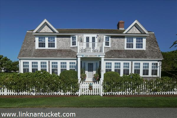 The-Sheiling-Cottage-Nantucket