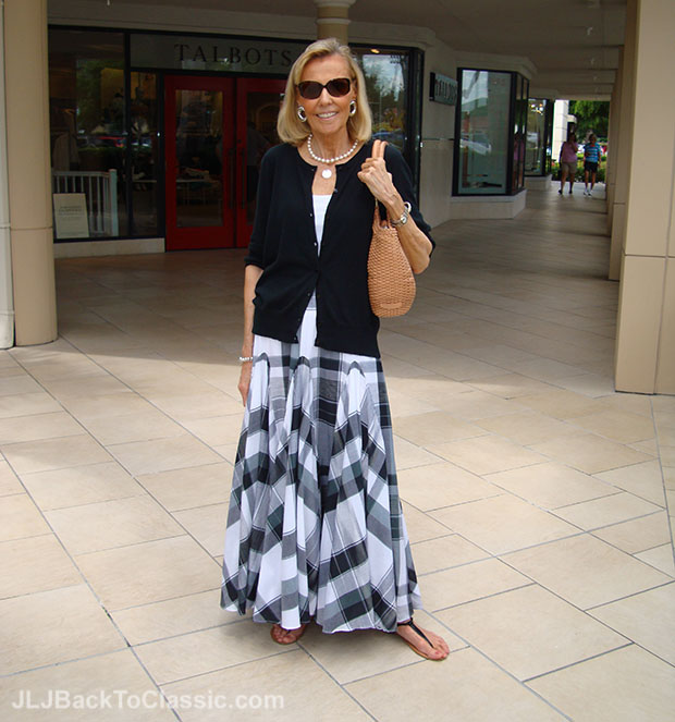 Black-Cardigan-Black-And-White-Plaid-Maxi-Skirt-Brahmin-Woven-Leather-Bag
