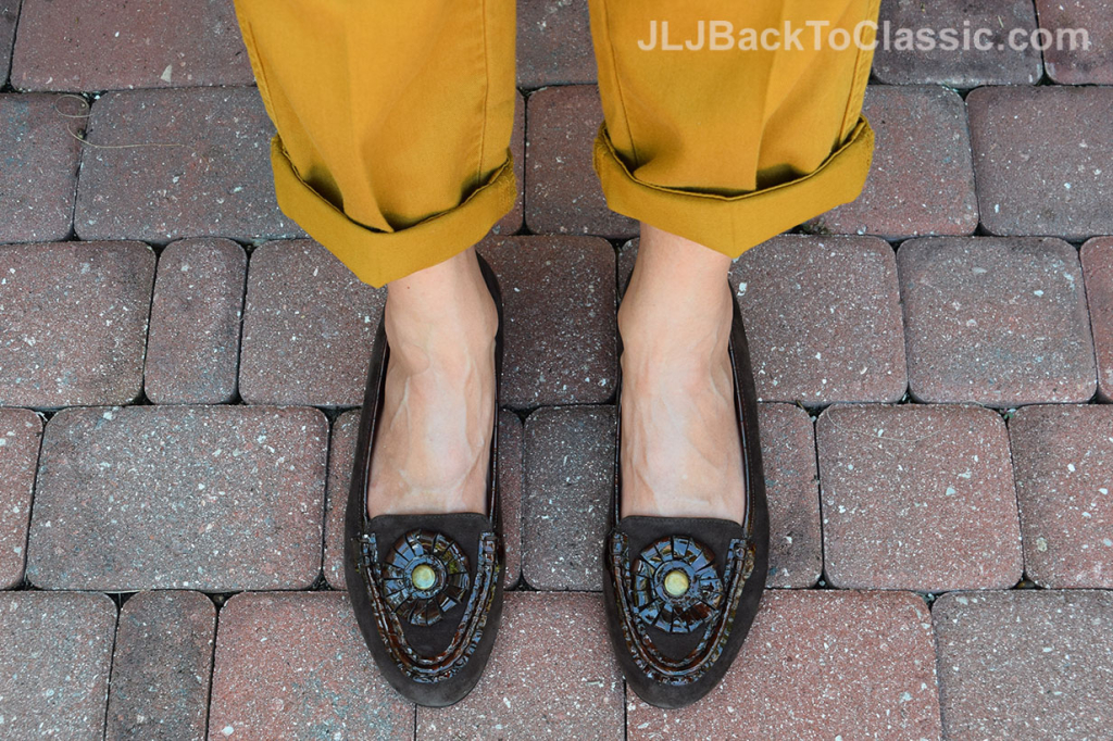 Classic-Preppy-Rolled-Up-J-Crew-Chinos-Brown-Loafers