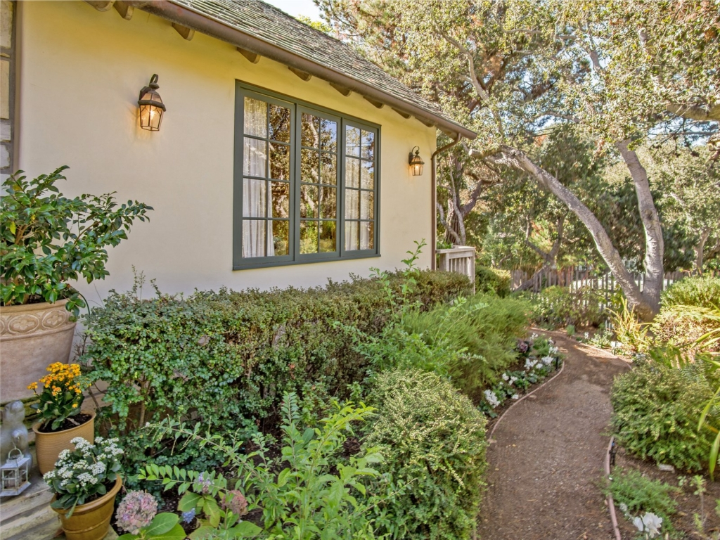 Garden-Path-Cottage-At-Monte-Verde-And-11th-Carmel-By-the-Sea