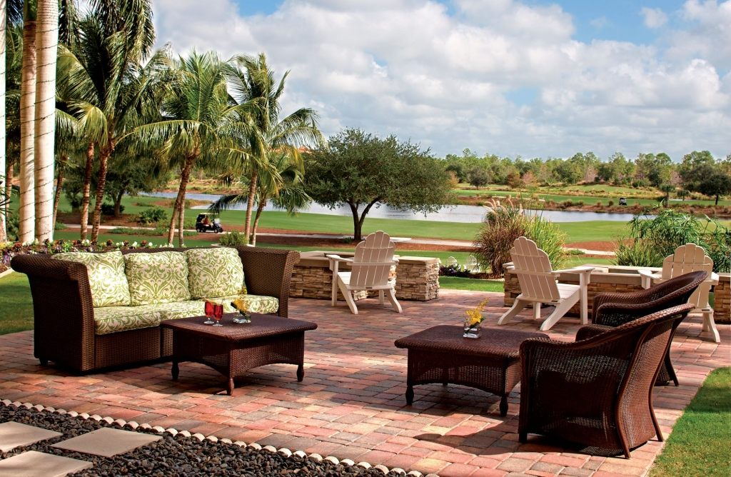 Ritz-Carlton-Golf-Resort-Naples-FL-Patio