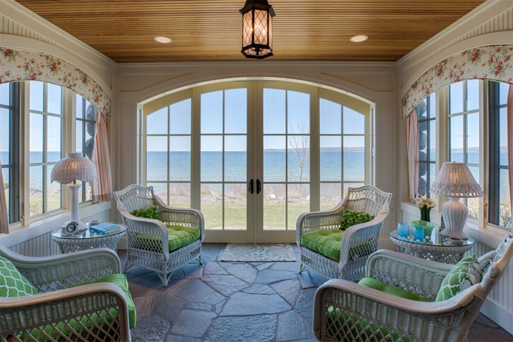 3950-Peninsula-Dr-Bay-Harbor-Mi-Sotheby's-Realty
