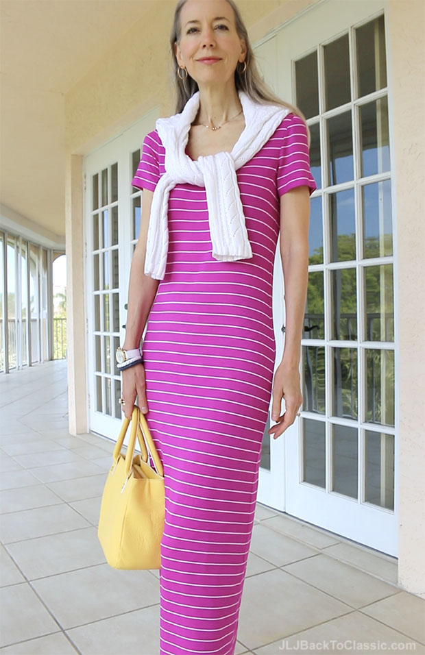 Classic-Fashion-Over-40-Magenta-Maxi-T-Shirt-Dress-Yellow-Bag