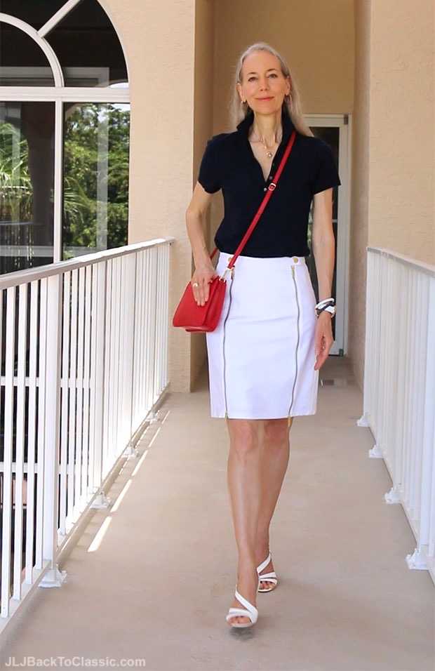 Classic-Fashion-Over-40-Understated-Pairing-of-Red-White-and-Blue