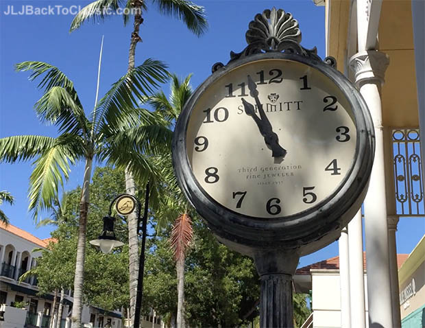 fifth-avenue-south-clock-naples-florida
