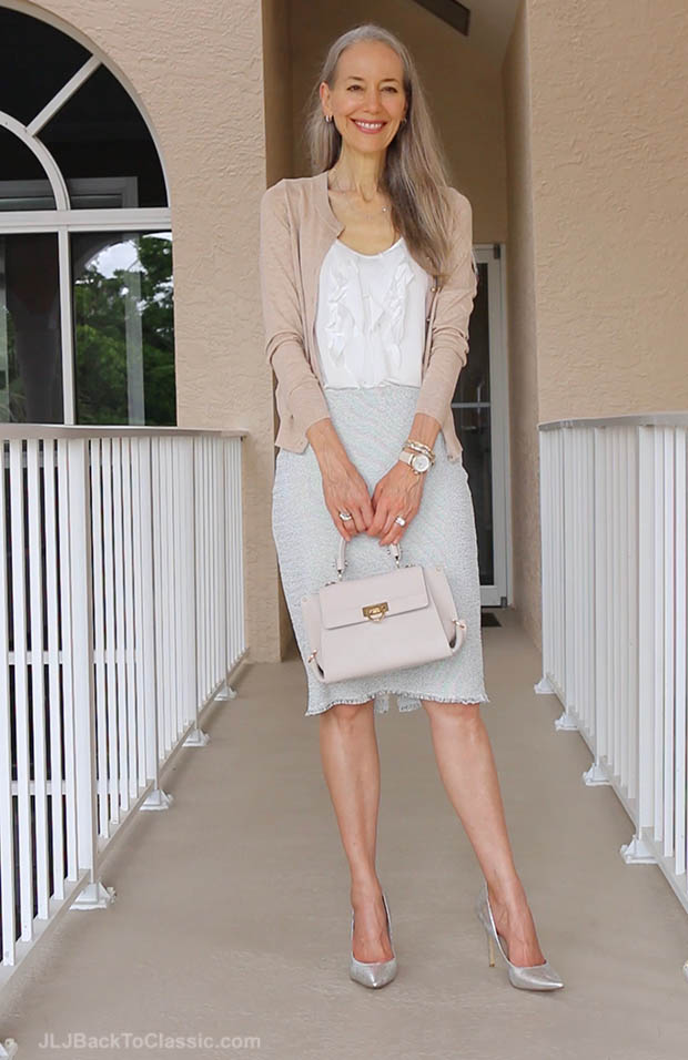 classic-fashion-over-40-ann-taylor-marled-pencil-skirt-banana-republic-cardigan