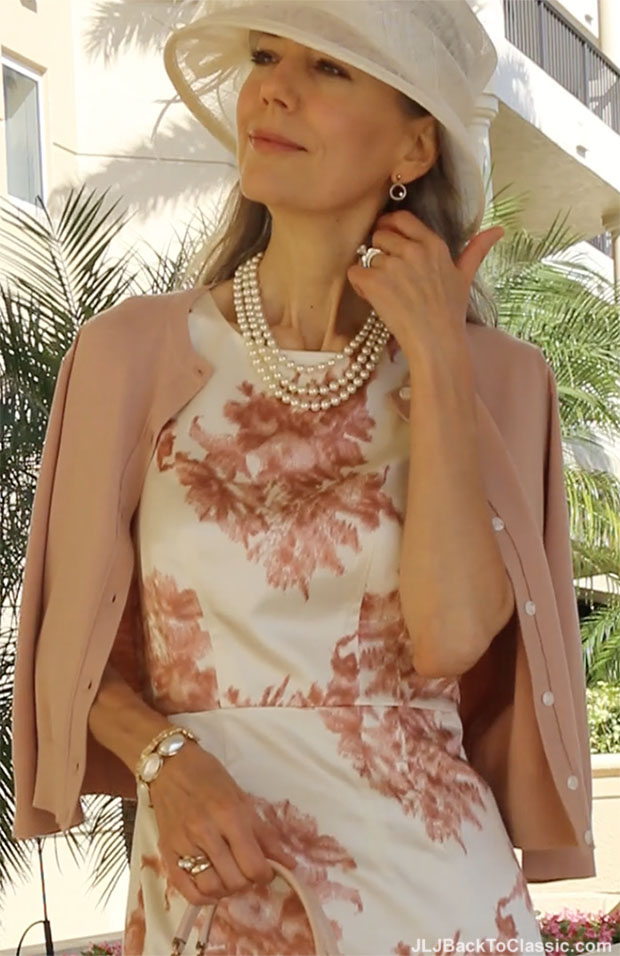 classic-fashion-over-40-50-blush-ann-taylor-sheath-dress-cardigan-hat