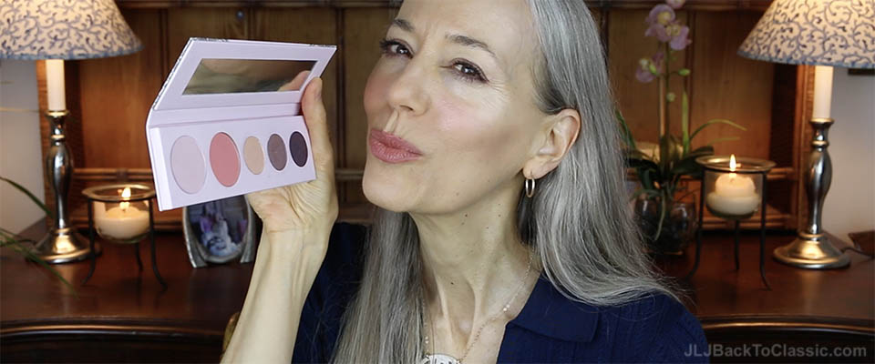 (Video Review) Classic Beauty Over 40-50: 100 Percent Fruit Pigmented Pure Sex Kitten Palette