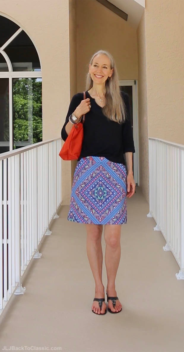 Classic-Fashion-Over-40-50-Talbots-Navy-Splitneck-Top-Orange-Longchamp-Tote