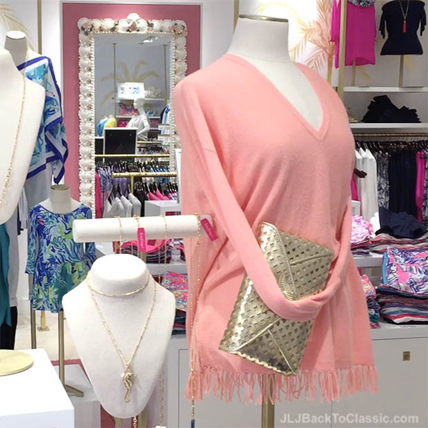 Classic-Fashion-Over-40-Lilly-Pulitzer-Gold-Pineapple-Clutch-And-Allessandra-Tunic