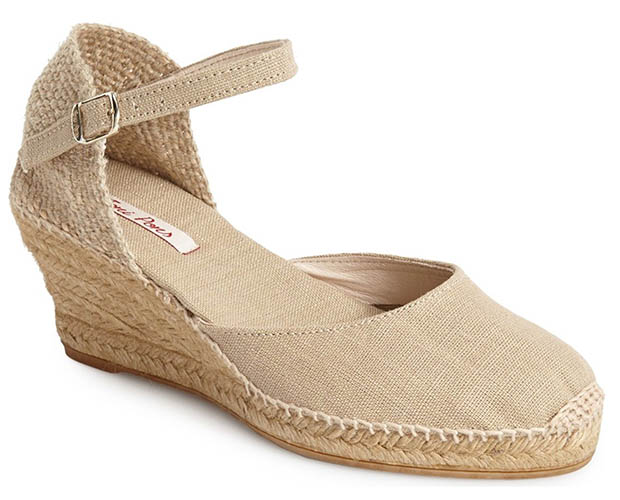 Classic-Fashion-Over-40-Toni-Pons-Caldes-Linen-Wedge-Sandle-Stone