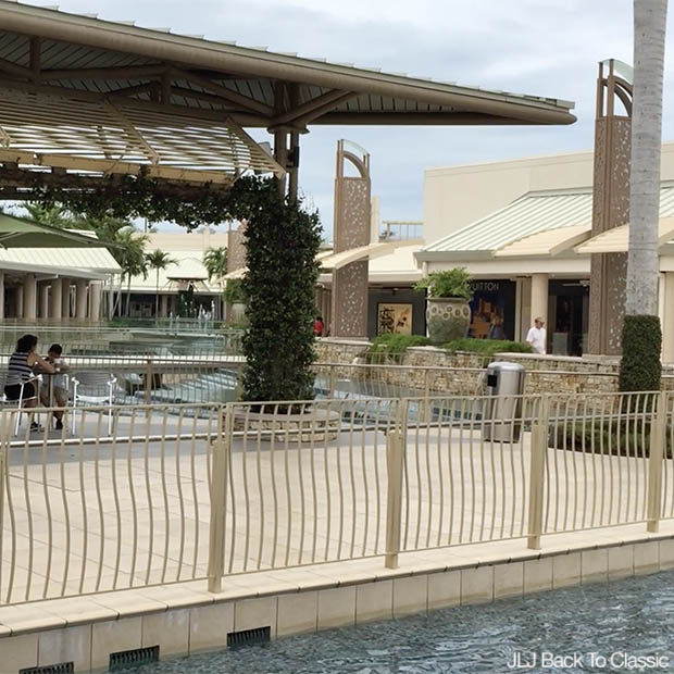 Classic-Style-Fashion-Over-40-50-Vlog-Waterside-Shops-Naples-Florida