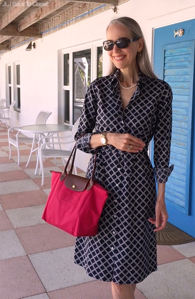 Classic-Fashion-Style-Over-40-Brooks-Brothers-Shirtdress-Longchamp-Red-Le-Pliage