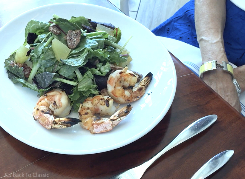 vlog-timeless-mhk-eatery-naples-house-salad-with-grilled-shrimp-janis-lyn-johnson
