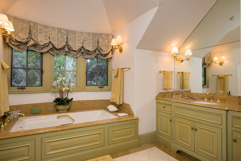 Classic-Carmel-CA-Bungalow-Master-Bath