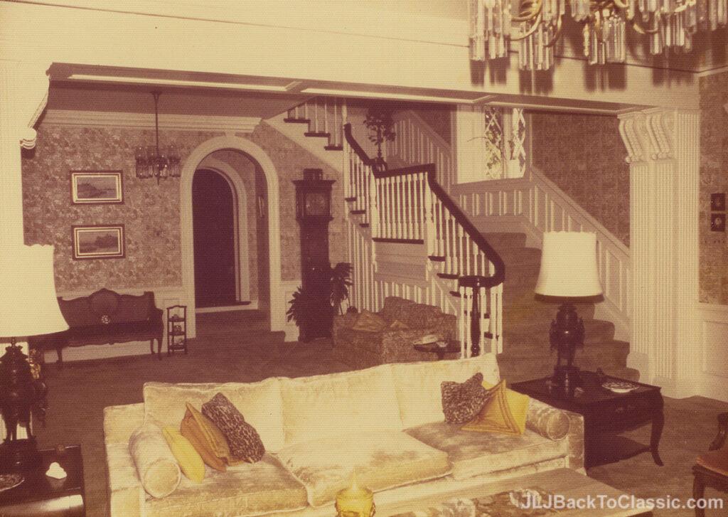 1928-Brandon-Smith-Tudor-Formal-Staircase-Pgh-PA-1972
