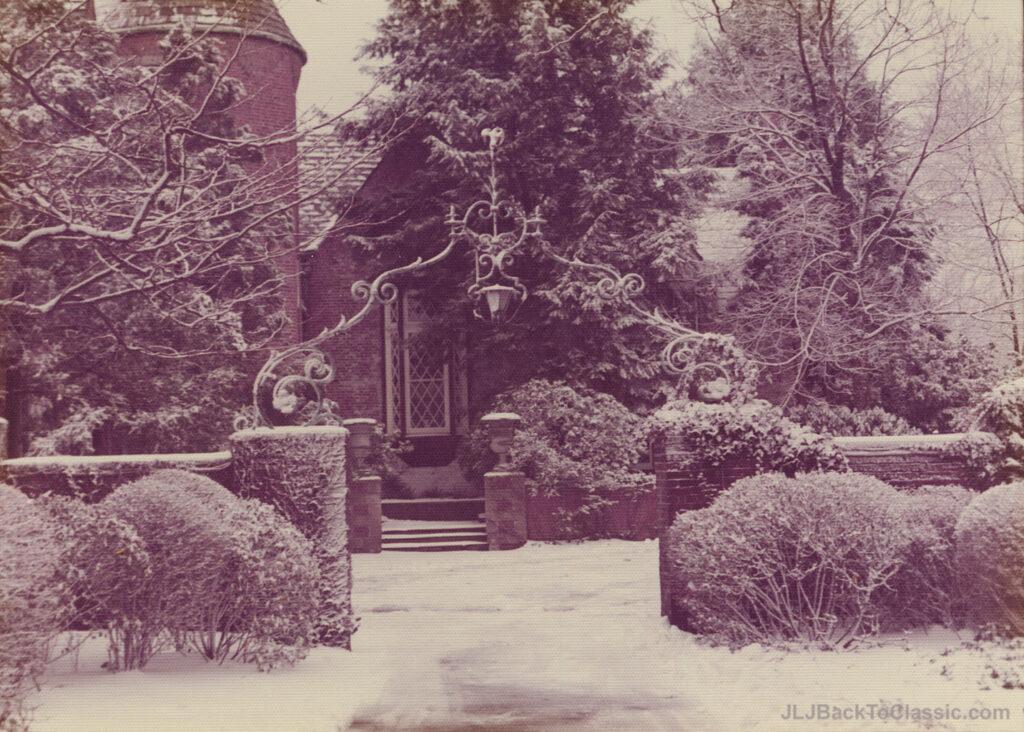 1928-Brandon-Smith-Tudor-Pgh-PA-Courtyard-Entrance-Winter-1972