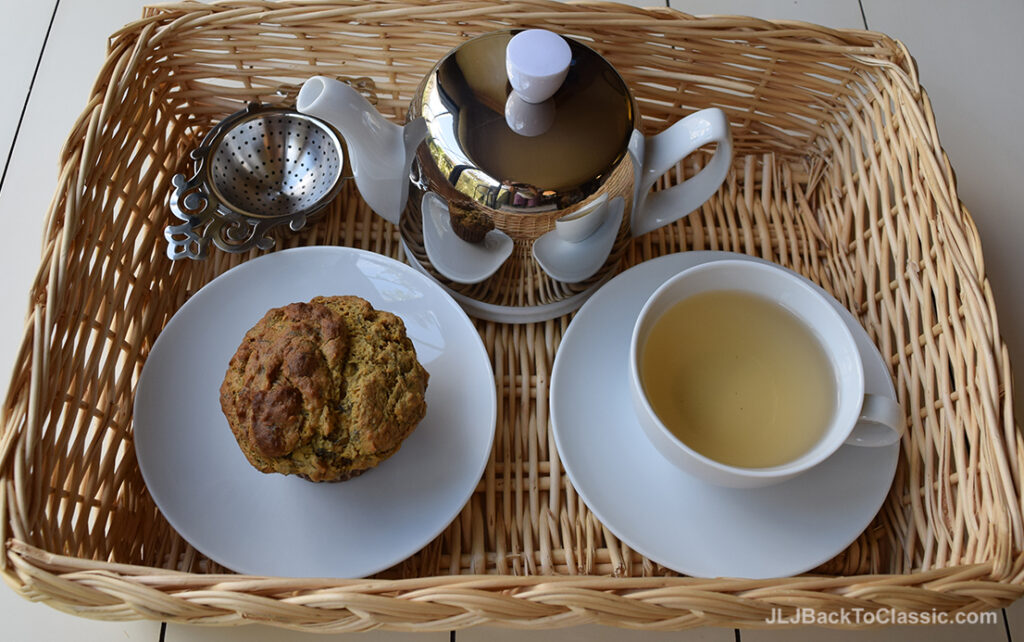 Guy-Degrenne-Teapot-With-Silver-Cozy-Quinoa-Muffin
