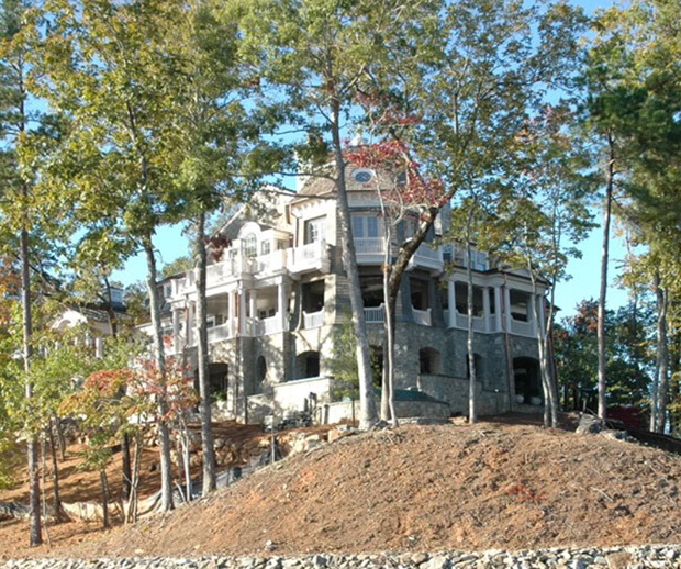 Shingle-Style-house-By-Stephen-Fuller-Designs