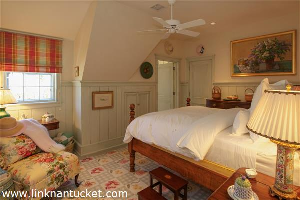 The-Sheiling-Cottage-Nantucket-Guest-Room