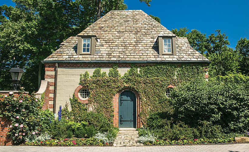 fairytale-fox-chapel-estate-pittsburgh-quarterly-magazine-photo-roy-engelbrecht-detatched-garage