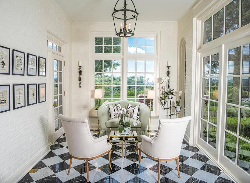 fairytale-fox-chapel-estate-pittsburgh-quarterly-magazine-photo-roy-engelbrecht-sunroom-interior