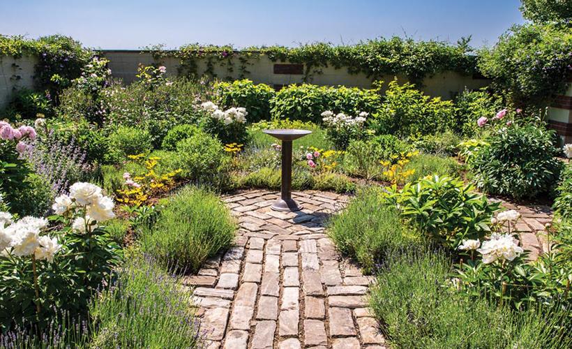 fairytale-fox-chapel-estate-pittsburgh-quarterly-magazine-photo-roy-engelbrecht-walled-kitchen-garden