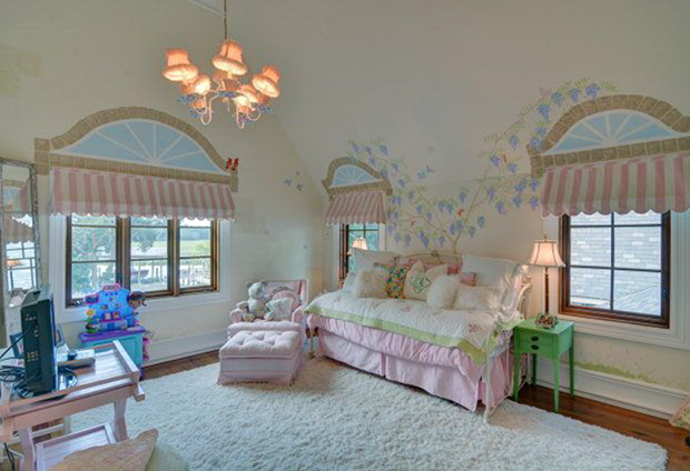 110-Hamptons-Point-Dr-St.-Simons-Isl.-Bedroom-Child's-Pink-White