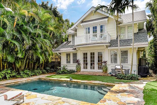 345-Brazilian-Ave-Palm-Beach-Illustrated-Properties (3)-Pool