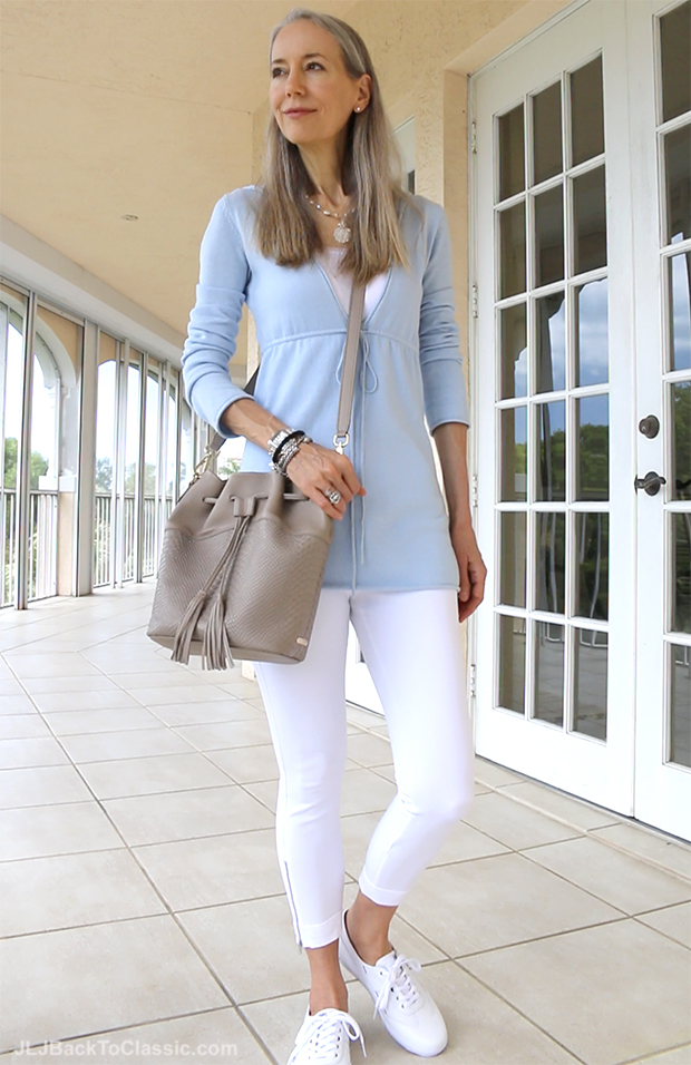 Classic-Fashion-Over-50-White-Leggings-White-Keds-Leather-Sneakers