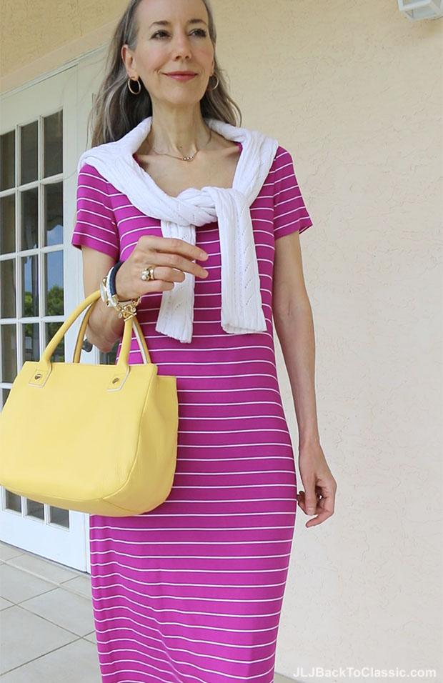 Classic-Fashion-Over-40-Magenta-Maxi-T-Shirt-Dress-Yellow-Bag