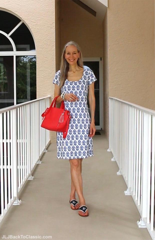 Classic-Fashion-Over-40-50-J.-McLaughlin-T-Shirt-Dress-Jack-Rogers-Sandals