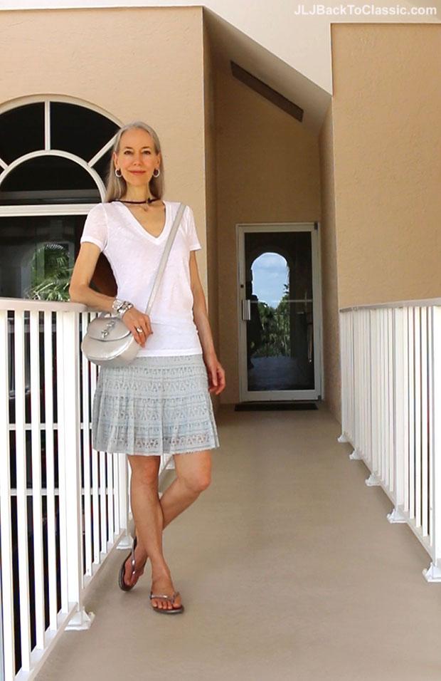 Classic-Fashion-Over-40-Talbots-Silver-Metallic-Crossbody-Bag