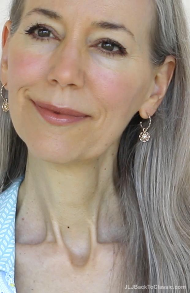 16-Classic-Beauty-Over-50-Light-Application-Eye-Shadow-Janis-Lyn-Johnson