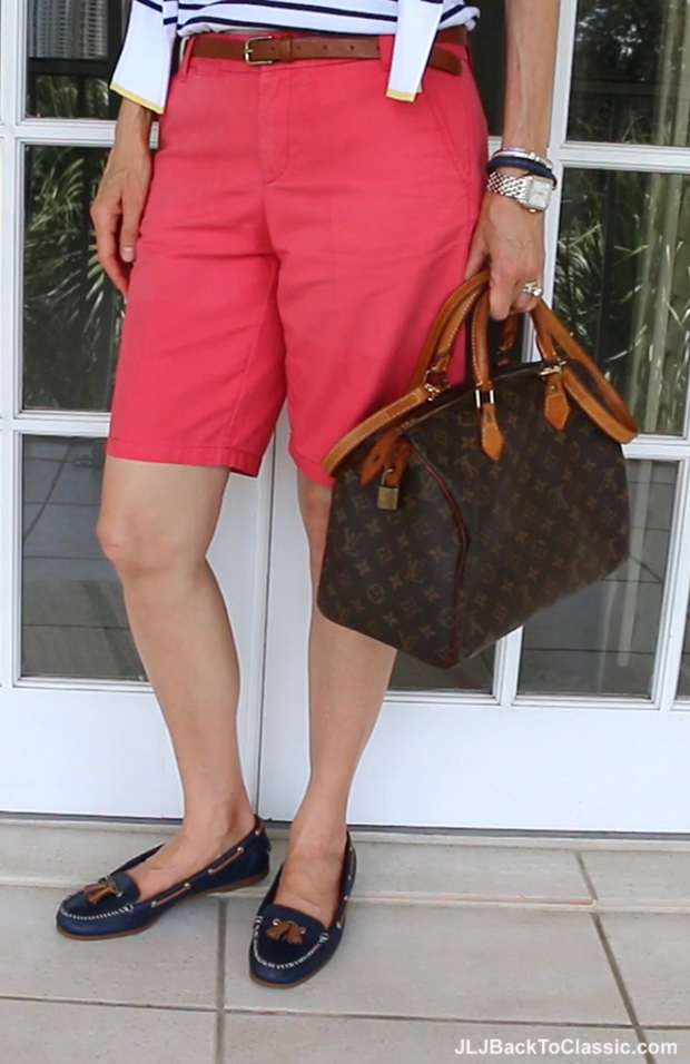 Classic-Fashion-Over-40-50-Womens-Sperry-Topsiders-Louis-Vuitton-Speedy-30