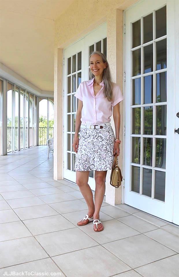 classic-fashion-over-40-pink-brooks-brothers-shirt-eric-javits-bag