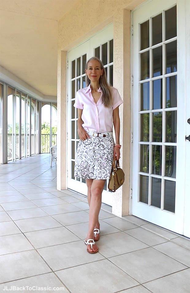 classic-fashion-over-40-50-pink-brooks-brothers-shirt-eric-javits-bag