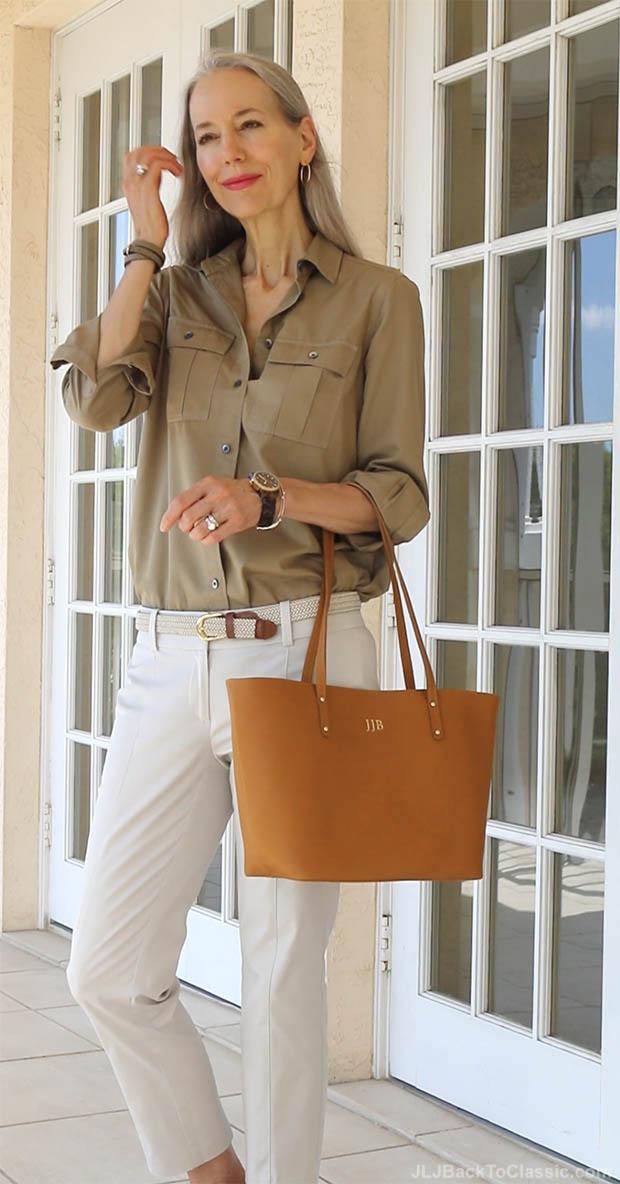 classic-fashion-over-40-50-gigi-ny-tote-janis-lyn-johnson