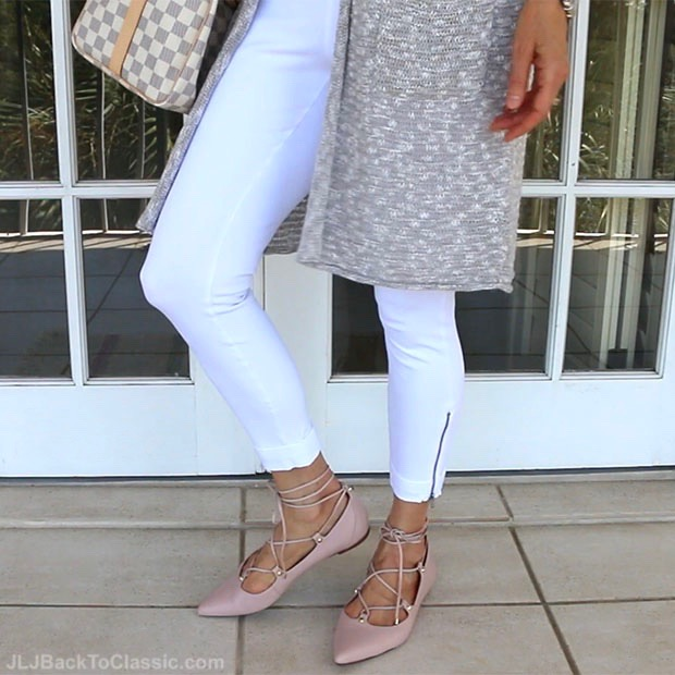 classic-fashion-over-40-50-white-leggings-halogen-blush-ghillie-flats