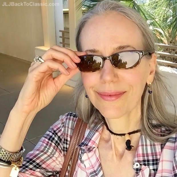 Classic-Fashion-Over-40-Kate-Spade-Lucyann-Tortoise-Glasses-Janis-Lyn-Johnson