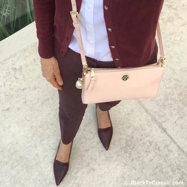 Classic-Fashion-Over-40-Tory-Burch-Robinson-Crossbody-Trotters-Piper-Pointy-Toe-Pump