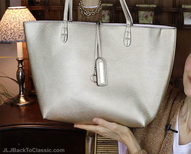 Classic-Fashion-Over-40-Street-Level-Gold-Reversible-Faux-Leather-Tote
