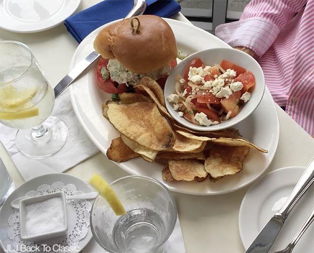 Classic-Lifestyle-Over-40-50-Vlog-Venetian Village-Naples-Fish-Restaurant