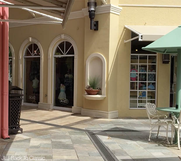 Classic-Fashion-Over-40-50-Vlog-Venetian Village-Naples-FL