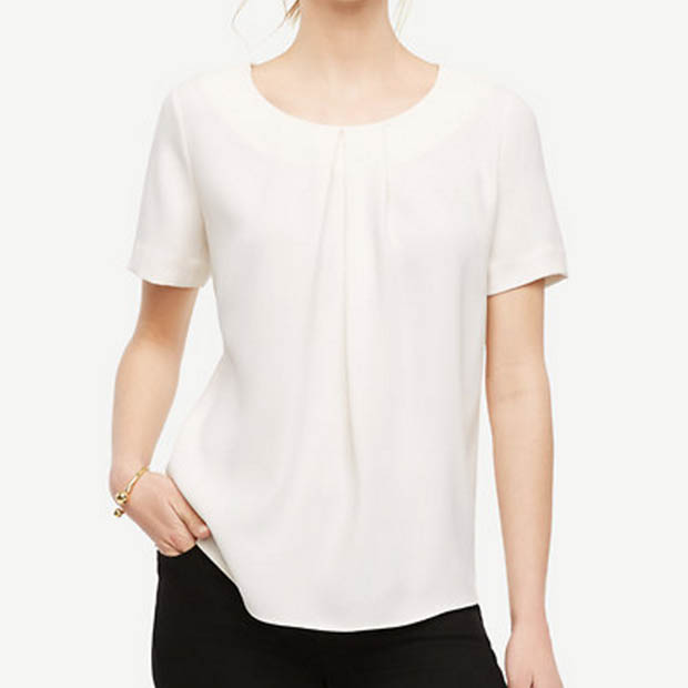 Classic-Fashion-Over-40-Ann-taylor-Pleated-Miixed-Media-Top