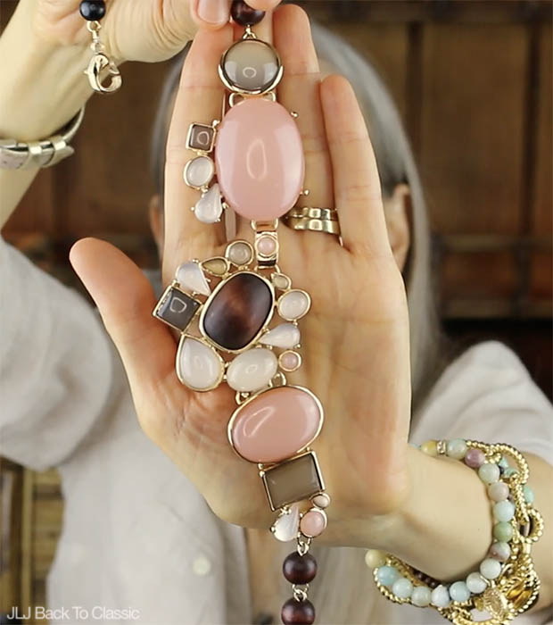 Classic-Fashion-Over-40-50-Talbots-Cabochon-And-Bead-Necklace