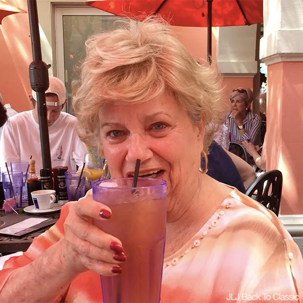 Jane's-Cafe-Naples-Florida-Nell-Flynn